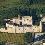 Le village fortifié de Larresingle (Gers)